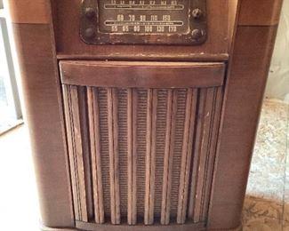 Philco Vintage Radio Record Player