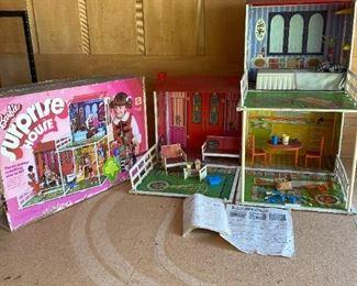 Barbie Surprise House