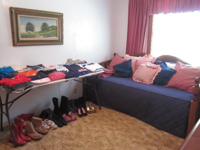 Day Bed, Granddaughter and Daughter's Clothing and Shoes, Nice Oil Artwork
