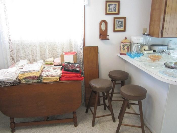 Nice Drop Leaf Table, Tablecloths, Placemats and Napkins, Nice Barstools