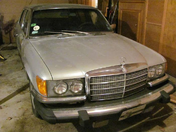 1976 four door Mercedes 450 SEL with ONLY 14,315 MILES!!!!