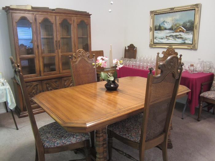 Table With Six Chairs and Two Leaves With Matching China Cabinet