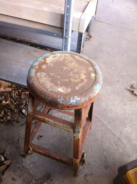 wooden step stool/stool