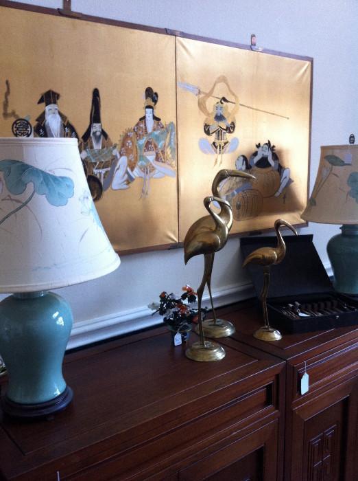 Pair of lamps/cranes/Asian screen