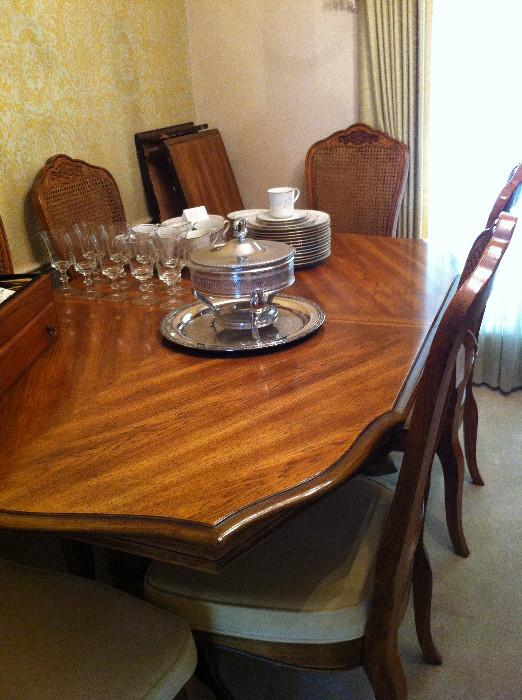Dining table &  8 chairs (has matching china cabinet)