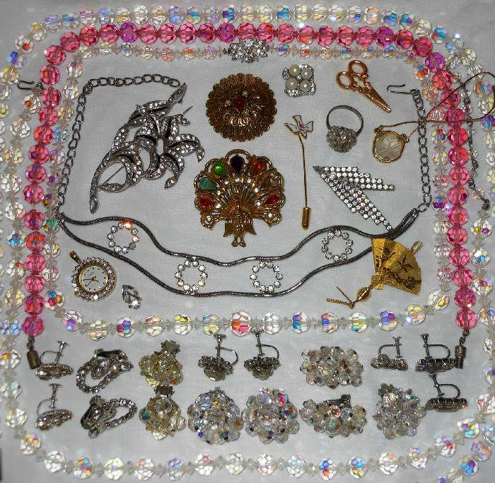 Lots of Beautiful Glass Beads and other wonderful Vintage pcs