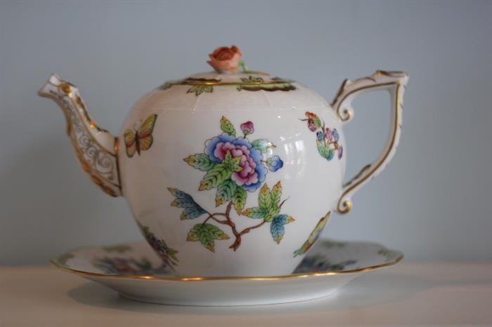 Herend China teapot