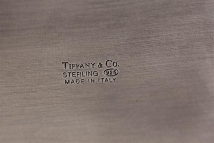Cigarette box is from Tiffany's