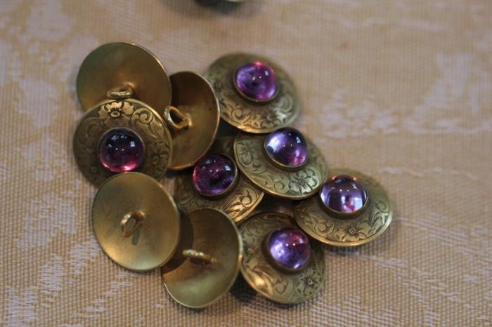 14k gold buttons