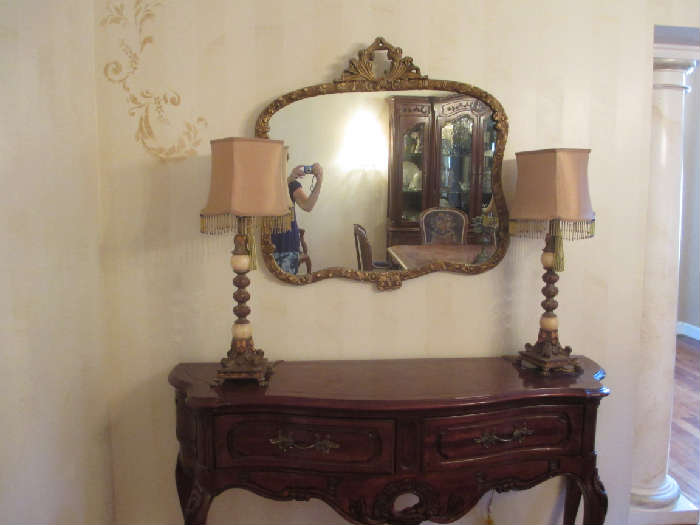 CONSOLE AND MIRROR