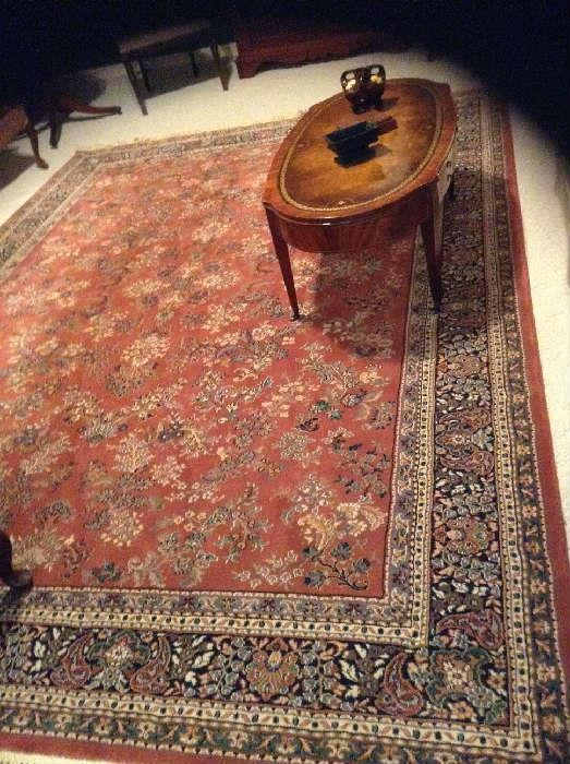Beautiful Wool Traditional Rug