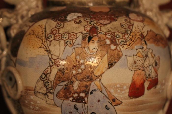 Japanese warrior on Satsuma vase