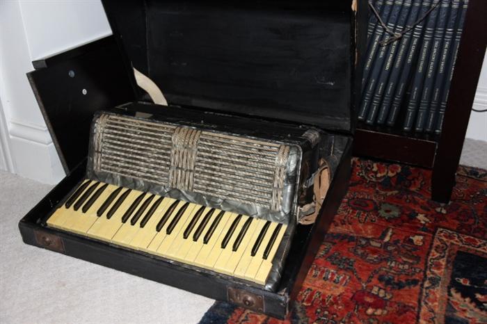 Hohner Verdi IIIB accordion