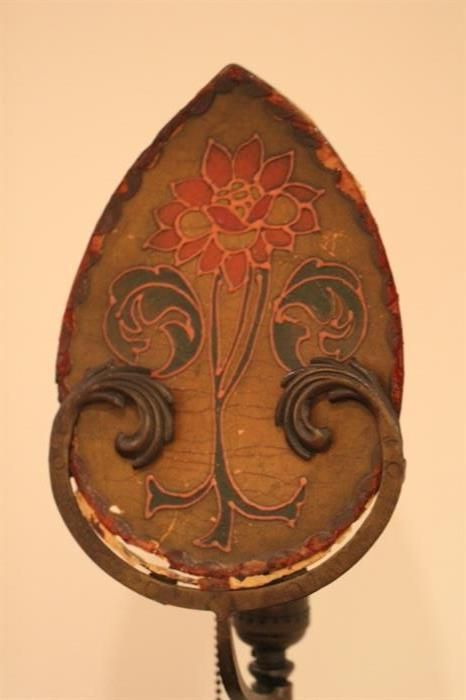 Remaining shade for forged arts and crafts era lamps