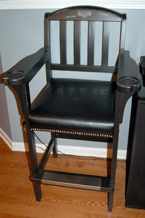 Legacy billiards Renegade Outlaw spectator chair