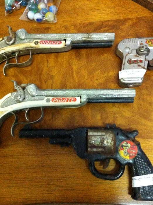 G-Man, Pirate, Lone Ranger  guns