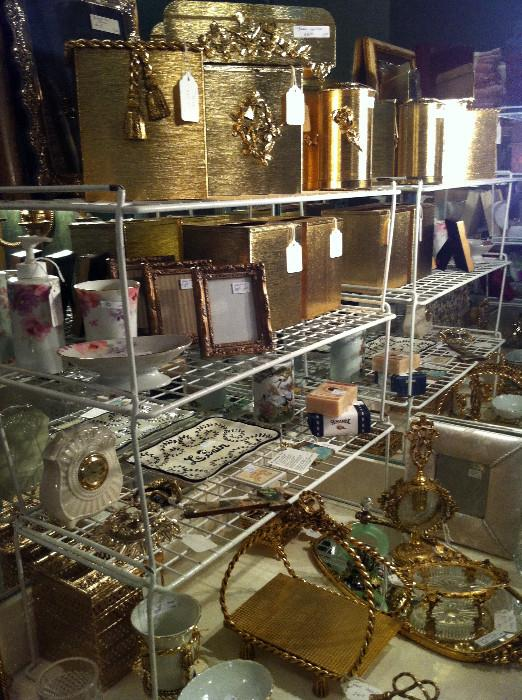 lovely gold vanity sets