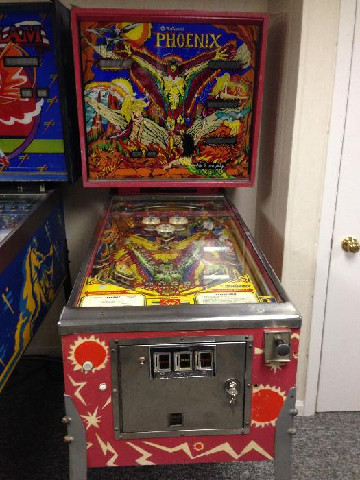 2 Pinball machines