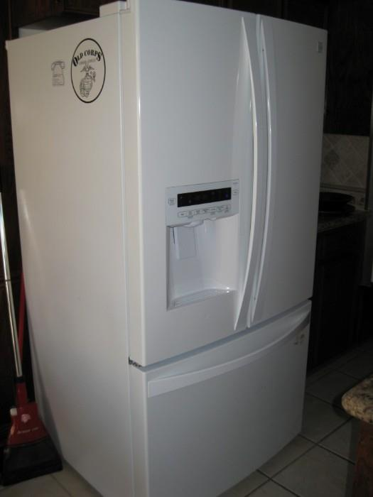 KENMORE ELITE 6 MONTH OLD FRENCH REFRIDERATOR