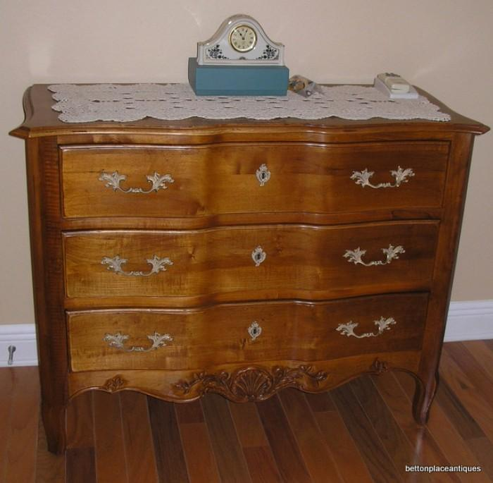 Ethan Allen Chest Drawers