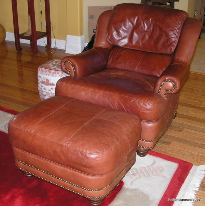 Bradington young leather Chair/Ottoman