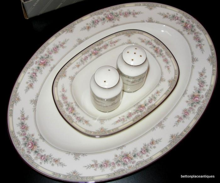 Noritake Shenandoah Dinnerset, 8 plce setting with cereal and soup Bowls, platter
