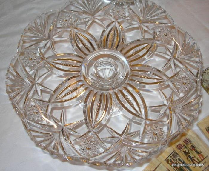 Durand Crystal Cake Stand with box