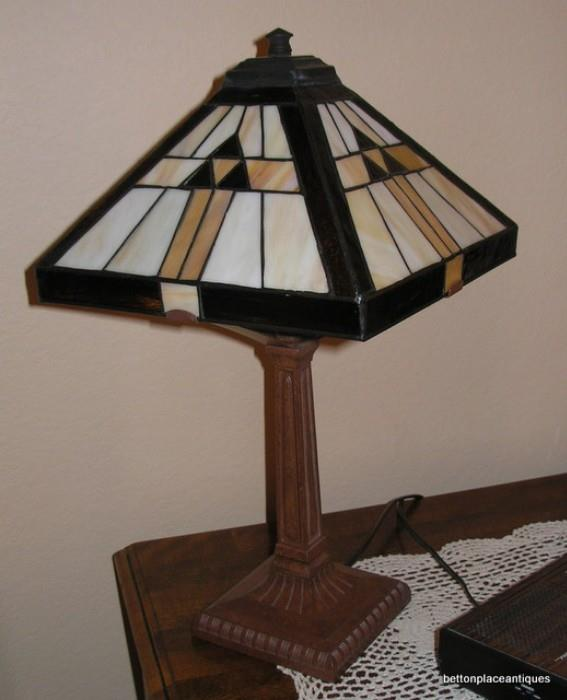 Leadlight Lamp