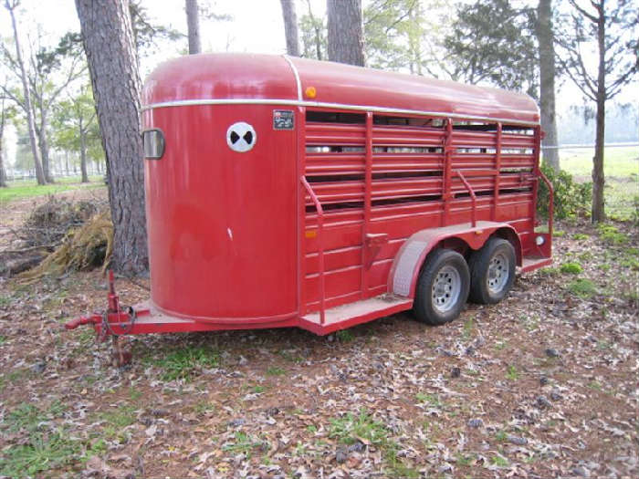 NICE WW 2-HORSE or CATTLE TRAILER--USED ONLY ONE TIME--LIKE BRAND NEW!