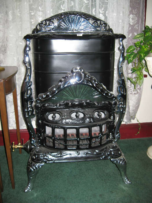 REFURBISHED ERIEZ ANTIQUE PARLOR HEATER Working Condition