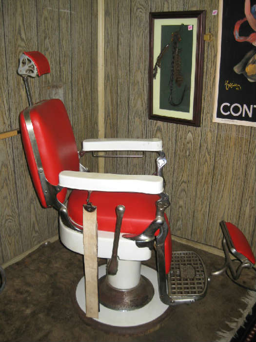 ANTIQUE EMIL J. PAIDAR BARBER CHAIR Very Good Condition