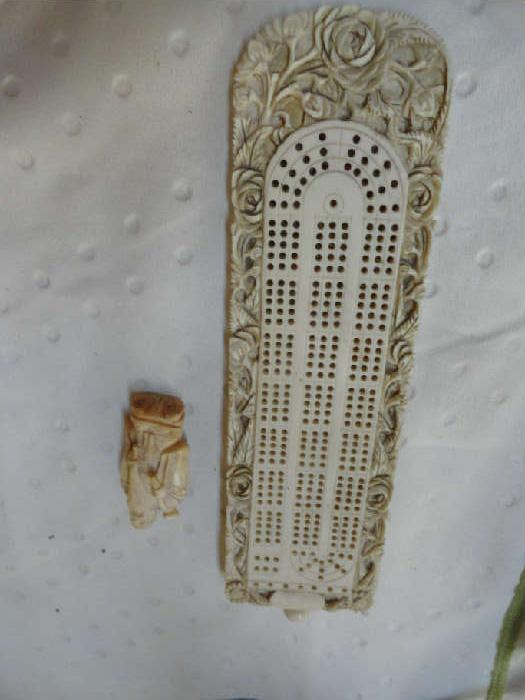 ivory cribbadge board