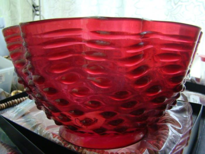 CRANBERRY HOBNAIL SHADE