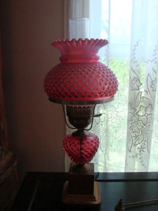 FENTON CRANBERRY LAMP