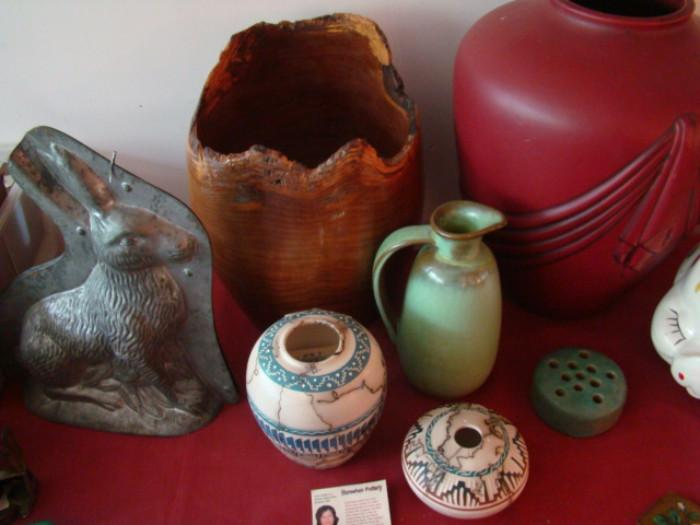 POTTERY & RABBIT MOLD