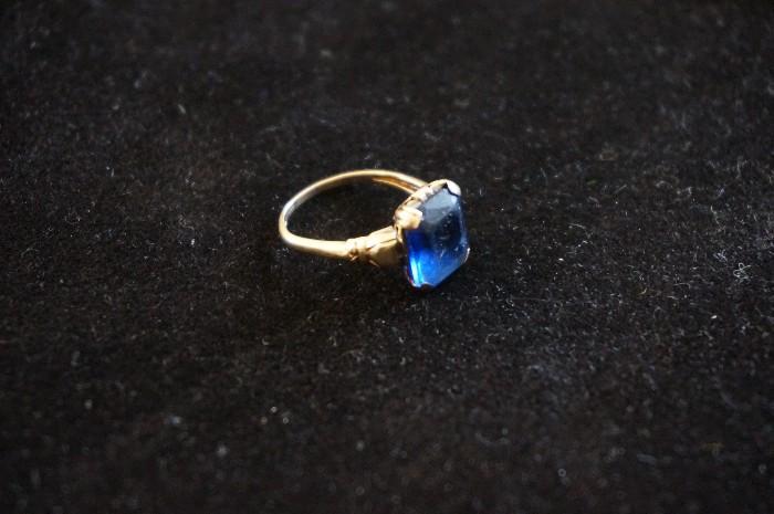 Vintage 14K ring