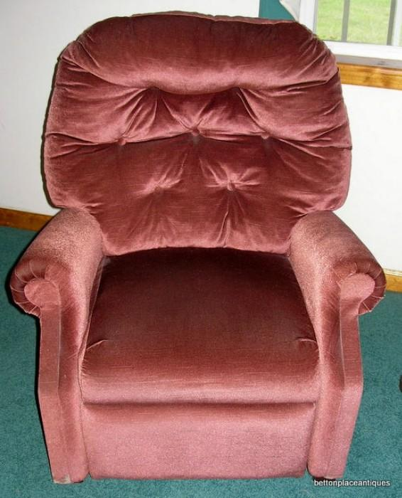 Recliner very clean ....cash only