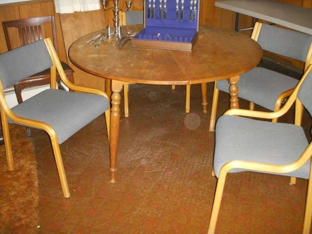 Maple table (with one additional leaf) and 4 newer chairs.