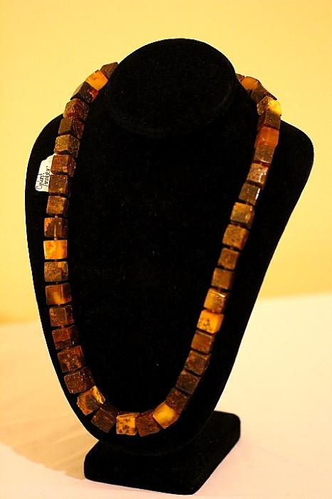"Great amber necklace (""cubes"")"