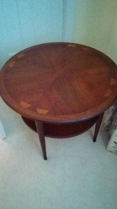 Mid-Century cool, two-tier teak occasional table, manufactured by Lane, style #900 22, Design Pat. # 185371, Serial # 2868101.