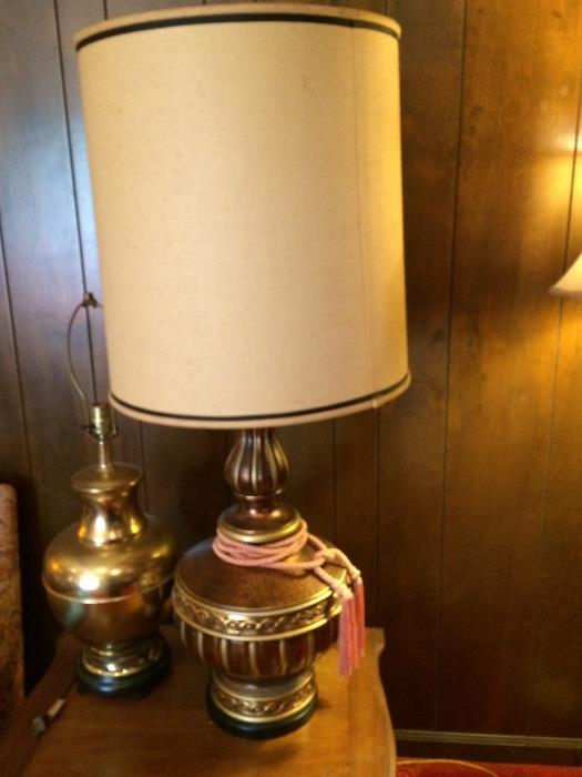 ONE OF A PAIR OF RETRO LAMPS