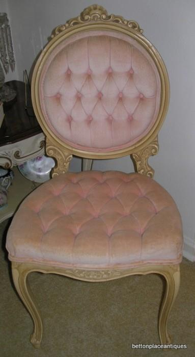 French provincial Dresser Chair