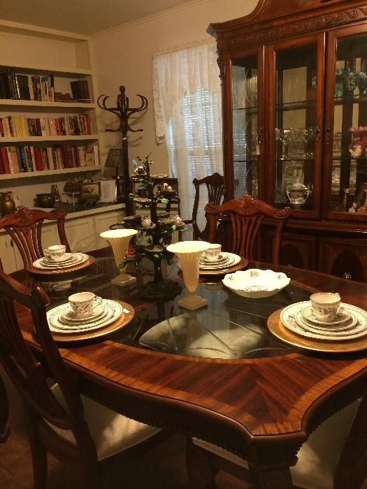 Lovely dining table, chairs, and china cabinet