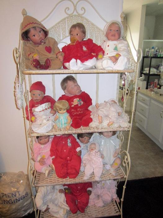 over 200 dolls for sale