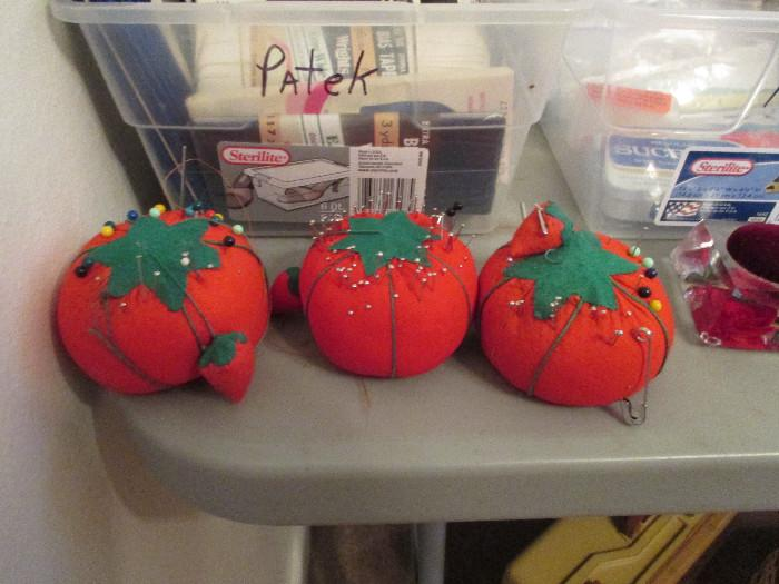 Tomato Pin Cushions - With Emery Strawberry