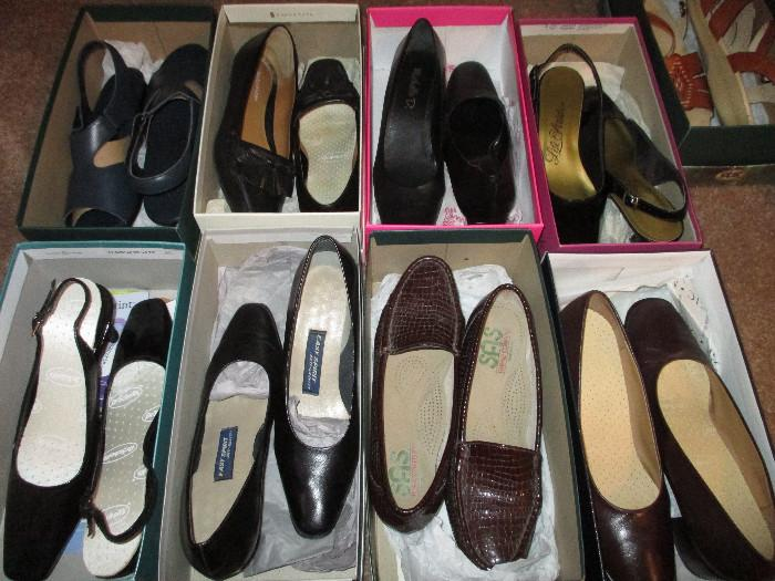 Very Nice, Some Brand New,  Size 8 1/2 and 8 Narrow SAS, Natrulizers and Other Brands