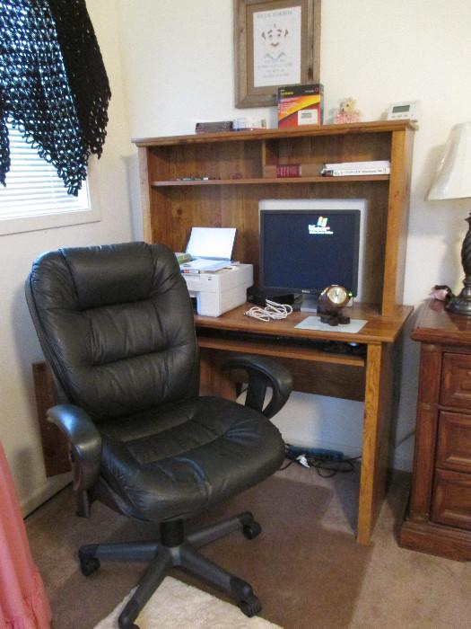 Nice Almost New Office Chair, Computer Desk In Great Shape, Dell LCD Monitor, Dell Computer With Windows EP, Dell All-in-one Photo Printer 924