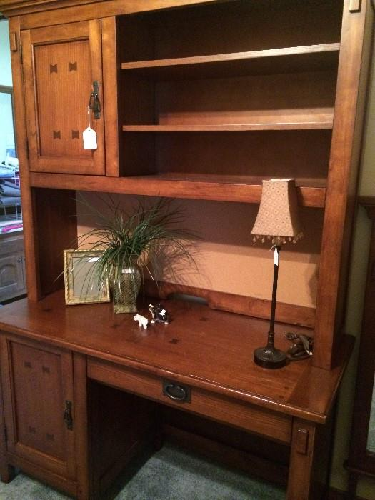 Desk unit has matching dresser