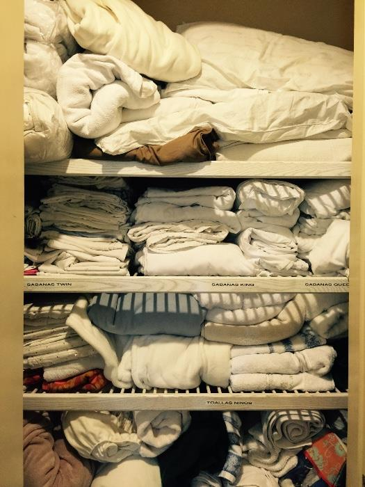 Lots of Assorted Linens