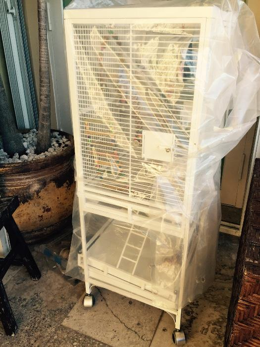 Brand new large bird cage & accessories.